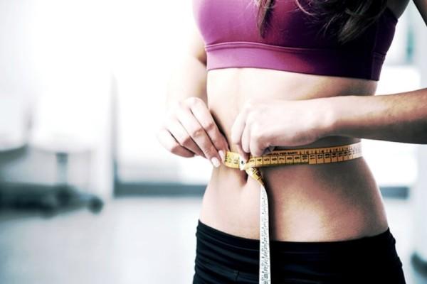 10 σημεία στη ζωή μιας γυναίκας που είναι πιθανό να πάρει κιλά