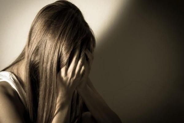 Φρίκη στην Κάλυμνο: Πα-τέρας εξωθούσε στην πορνεία την 14χρονη κόρη του