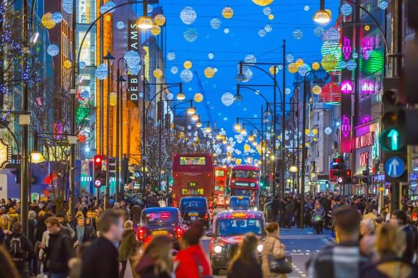 Δεν ξανάγινε: Ταξίδι τα Χριστούγεννα στο Λονδίνο με 34 ευρώ!