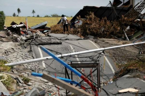 Ινδονησία: 22 νεκροί από τις καταρρακτώδεις βροχές