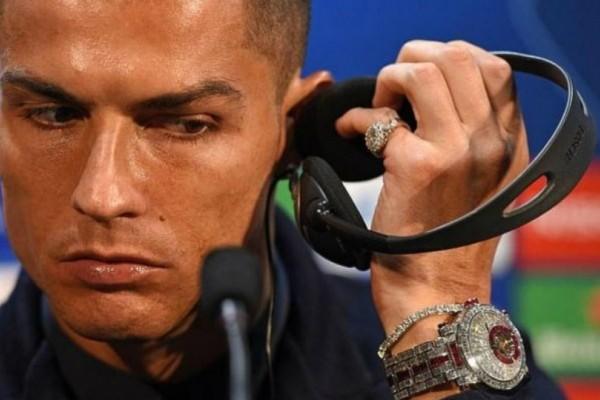 Tο ρολόι του Κριστιάνο Ρονάλντο που αξίζει 2 εκατ. ευρώ!