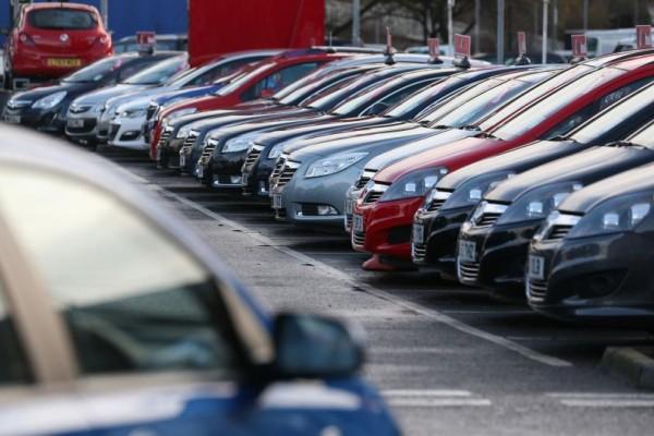 Τεράστια προσοχή: Ανακαλούνται πασίγνωστα ΙΧ που οδηγούν χιλιάδες Έλληνες!