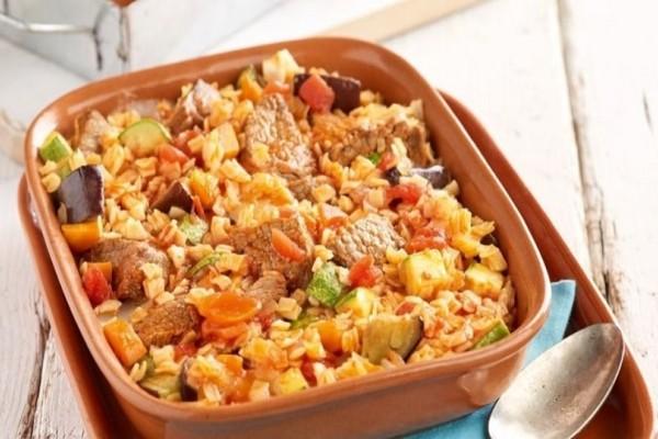 Γιουβέτσι με χυλοπιτάκι και λαχανικά!