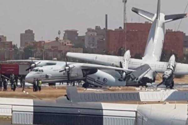 Απίστευτο: Αεροπλάνα συγκρούστηκαν σε αεροδιάδρομο! (video)