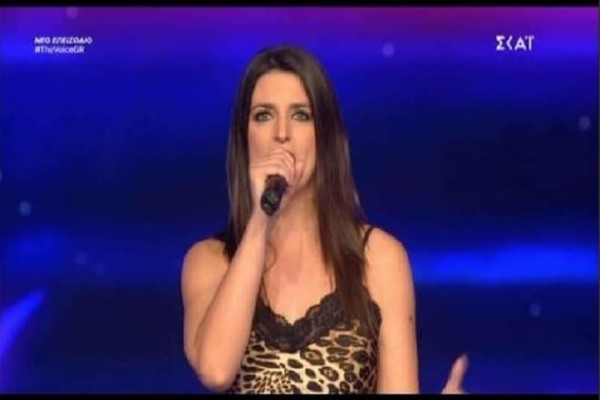 The Voice: Γύρισαν και οι 4! Η εμφάνιση που τους μάγεψε! (video)
