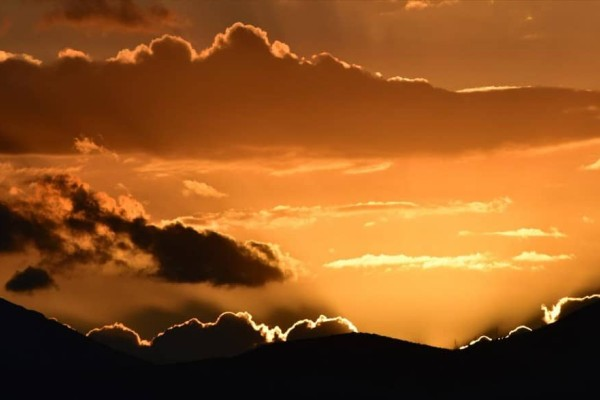 Η φωτογραφία της ημέρας: Ο ήλιος δύει στην πόλη του Ναυπλίου!