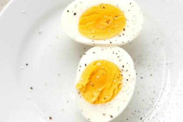 Εσύ τρως τέσσερα βραστά αυγά την εβδομάδα; Αν όχι ήρθε η ώρα να ξεκινήσεις..