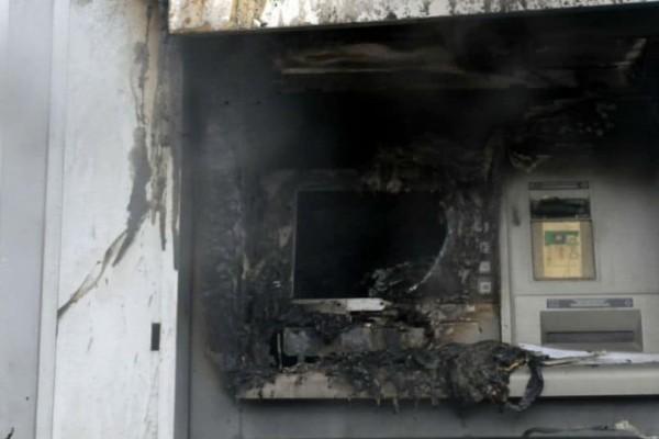 Έκρηξη σε ΑΤΜ στο Βύρωνα!