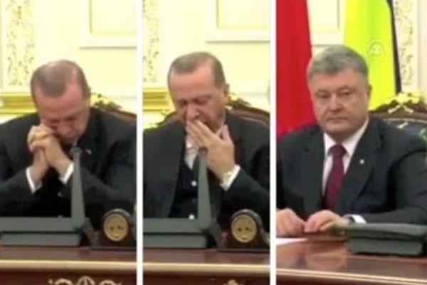 Έπος: Ο Ερντογάν κοιμάται σε συνέντευξη Τύπου! (video)