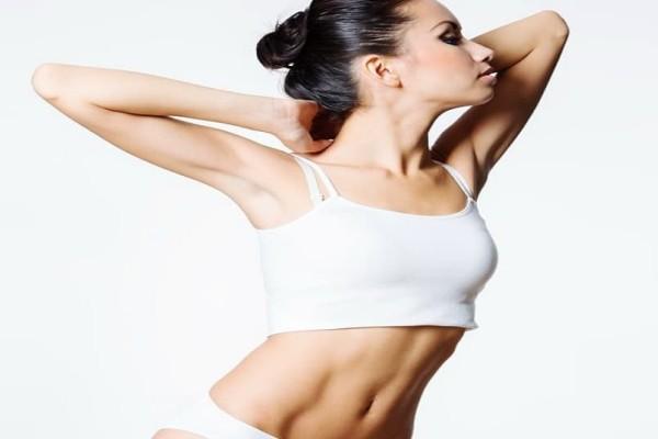 Κορίτσια, δώστε προσοχή: Το μυστικό για επίπεδη κοιλιά!