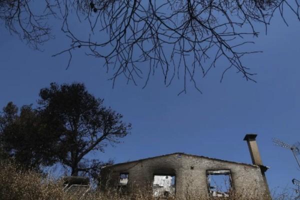 Απίστευτες καταγγελίες κατοίκων του Μάτι κατά Ψινάκη - Άφησε τους πυροπαθείς στην τύχη τους!