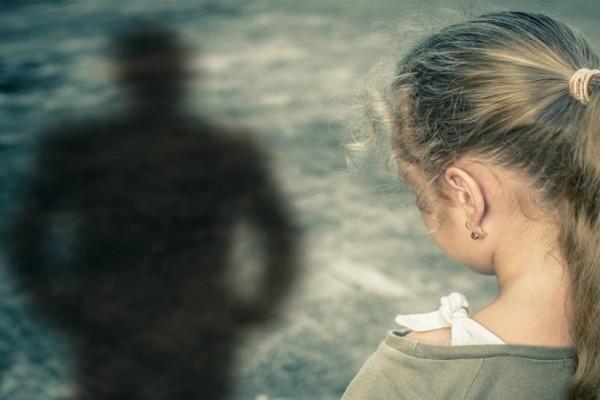 Φρίκη στη Μυτιλήνη: Γονείς έκαναν το παιδί τους