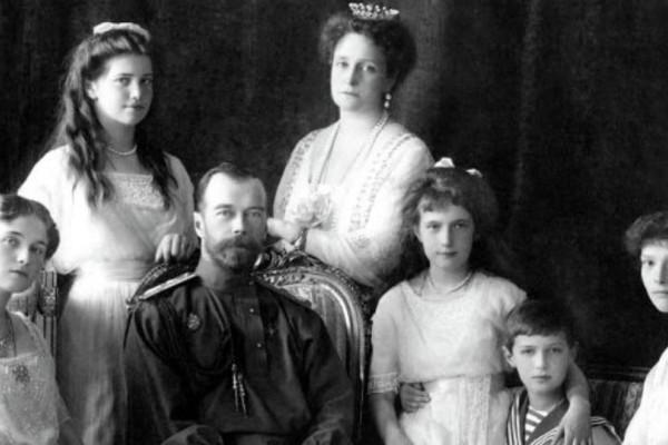 Οικογένεια Ρομανόφ: Ιντριγκες, δολοφονίες, o τρελός Ρασπούτιν και η Αναστασία!
