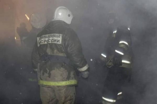 Συναγερμός στη Ρωσία: Φωτιά σε εμπορικό κέντρο!