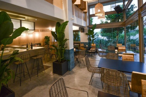 Walla Walla: Το ολοκαίνουργιο wine bar στο Παγκράτι που ήρθε για να μείνει!