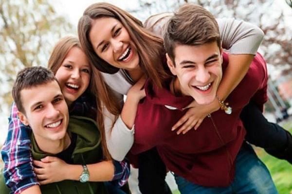 Έρευνα: Οι περιοχές της Ελλάδας με τους περισσότερους νέους!