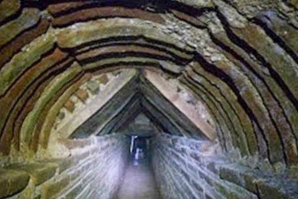 Μια μεγάλη ανακάλυψη βρίσκεται στην υπόγεια Αθήνα - Γιατί φοβούνται να το αποκαλύψουν;