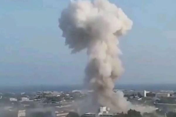 Συγκλονιστικό βίντεο: Η στιγμή της έκρηξης με τους 20 νεκρούς στη Σομαλία