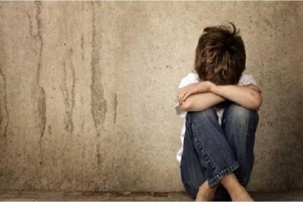 Θλίψη: 4χρονος στη Μαγνησία ζει σε σπίτι-ερείπιο χωρίς να μιλάει