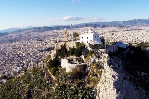 «Λίφτινγκ» στον Λυκαβηττό: Ο Δήμος Αθηναίων δίνει πνοή στο σημαντικότερο λόφο της πόλης!