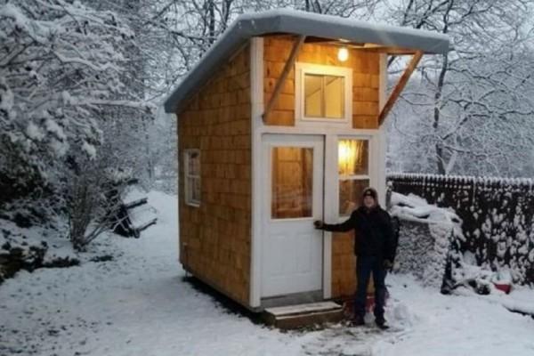13χρονος χτίζει το δικό του σπίτι για $1,500! Μόλις το δείτε θα μείνετε άφωνοι (video)