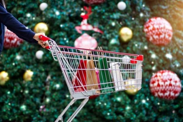 Εορταστικό ωράρια Χριστουγέννων 2018: Ποιες Κυριακές είναι ανοικτά τα μαγαζιά;