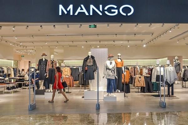 Mango: Το τέλειο πουλόβερ που φόρεσε η Gigi Hadid και κοστίζει 40 ευρώ!