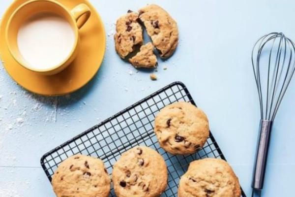Τα απλούστερα και γευστικότερα σοκολατένια μπισκότα