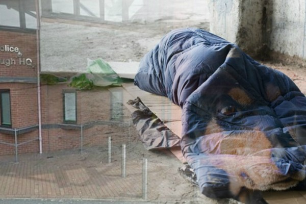 Συγκινητικό: Έλληνας άστεγος στο Λονδίνο πεθαίνει περιμένοντας τον σκύλο του