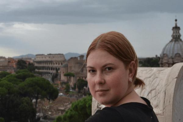 Θλίψη: Νεκρή η ακτιβίστρια που δέχτηκε επίθεση με οξύ!