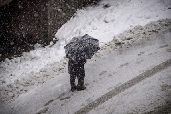 Έκτακτο δελτίο καιρού: Σαρώνει τη χώρα η «Πηνελόπη» με χιόνια, κρύο και δυνατά μποφόρ!