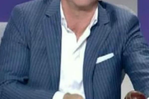 Αποκάλυψη: Ποιος Έλληνας κριτής και παρουσιαστής μπήκε σε κλινική απεξάρτησης για αλκοόλ και ουσίες;