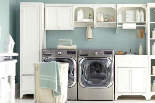 Καθαριότητα στο σπίτι: Έτσι θα εξαφανίσετε τη μυρωδιά της μούχλας από το πλυντήριο!