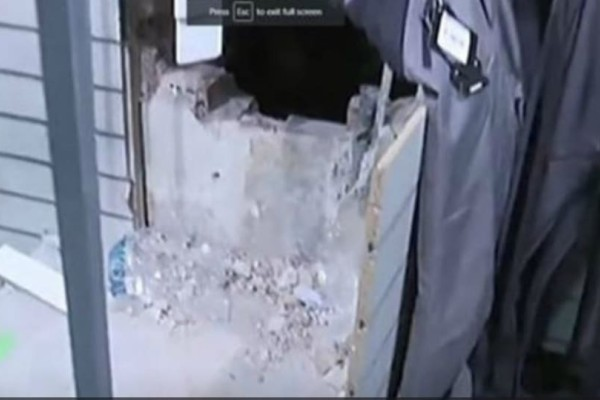 Ληστεία βγαλμένη από σινεμά:  Έσκαψαν τούνελ και λήστεψαν κατάστημα αθλητικών ειδών
