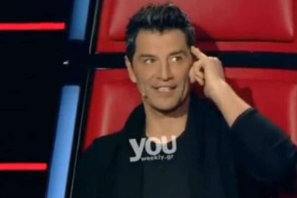The Voice: Απίστευτο! Αντί να επιλέξει ανάμεσα στους τραγουδιστές ο Ρουβάς επέλεξε τον... Καπουτζίδη!