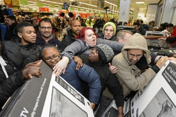 Black Friday: Πώς ξεκίνησε το Αμερικανικό καταναλωτικό έθιμο και από πού προέρχεται ο όρος «Μαύρη Παρασκευή»;