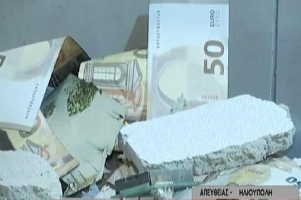 Απίστευτο περιστατικό στην Ηλιούπολη: Ανατίναξαν ΑΤΜ και γέμισε ο δρόμος χαρτονομίσματα!