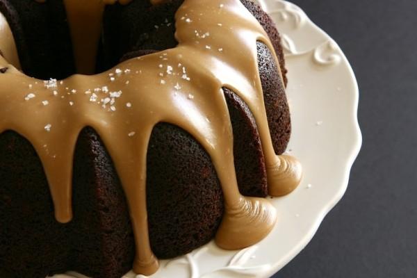 Κέικ με επικάλυψη καραμέλας!