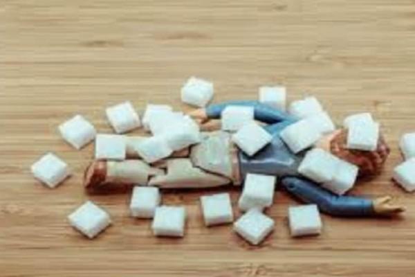 Δείτε μόλις σε 3 λεπτά πώς η ζάχαρη καταστρέφει τον οργανισμό μας!