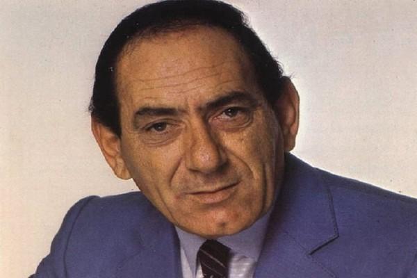 Σαν σήμερα στις 08 Νοεμβρίου το 1935 γεννήθηκε ο Στράτος Διονυσίου