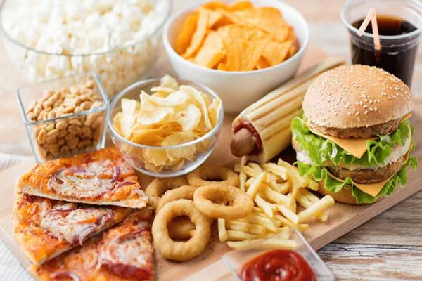 Προσοχή: Αυτά είναι τα 10 πιο καρκινογόνα τρόφιμα!