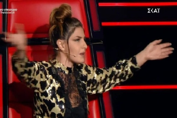 The Voice: «Θέλω να βγω έξω να πάρω αέρα» - Τι συνέβη με τη Έλενα Παπαρίζου; (Βίντεο)