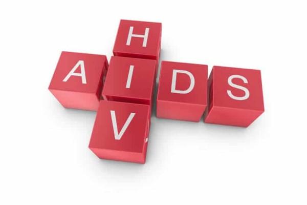 Προσοχή: Αυτός είναι ο μοναδικός τρόπος α καταλάβεις αν κόλλησες HIV!