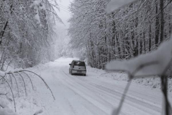 Ψυχρή εισβολή της «Πηνελόπης» σε όλη την χώρα: Μαγικές εικόνες από τα χιόνια!