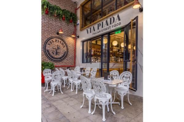 Επισκεφτήκαμε τo καλύτερο ιταλικό street food στο κέντρο της Αθήνας!