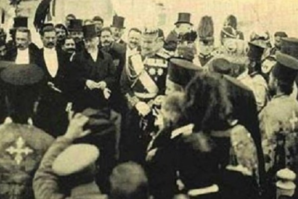 Σαν σήμερα 01 Δεκεμβρίου 1913 η Ένωση της Κρήτης με την Ελλάδα!