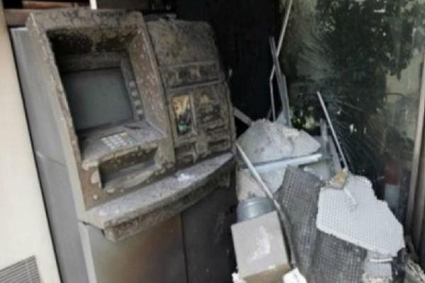Συναγερμός στο Περιστέρι: Ανατίναξαν ΑΤΜ αλλά δεν κατάφεραν να πάρουν χρήματα!