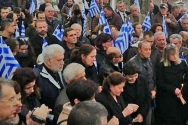 Κωνσταντίνος Κατσίφας: Ραγίζουν καρδιές τα λόγια της μητέρας του στο μνημόσυνο! (video)