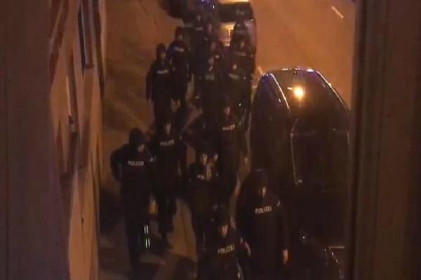 Συναγερμός στη Βιέννη: Ένοπλη επίθεση με τραυματίες σε εκκλησία!