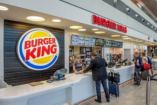 Burger King: Εγκαίνια σήμερα και στην Αθήνα!